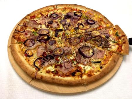 Pizza 45cm w Coffee Street